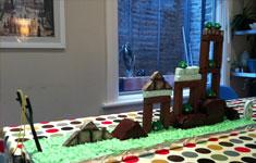 Angry Birds Birthday Cake – Tasty Destruction